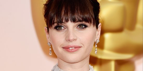 Felicity Jones' Oscar Dress 2015 Is A Big Silver Ball Gown