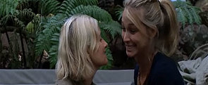 I'm a Celebrity: Maureen Tries to Kiss Anna — 3 Times!