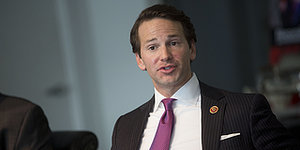 Aaron Schock Repays $40,000 For 'Downton Abbey' Office Decor