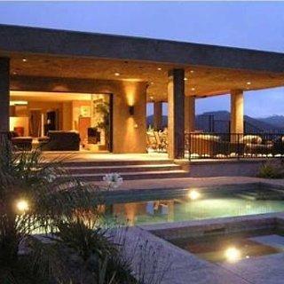 Bruce Jenner Buys Malibu Home