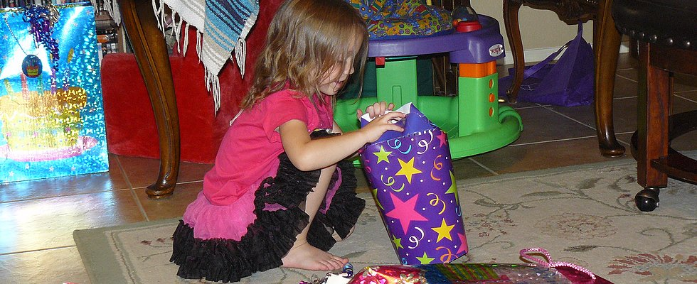 These Are the Worst Gifts You Could Possibly Bring to a Kid's Birthday Party