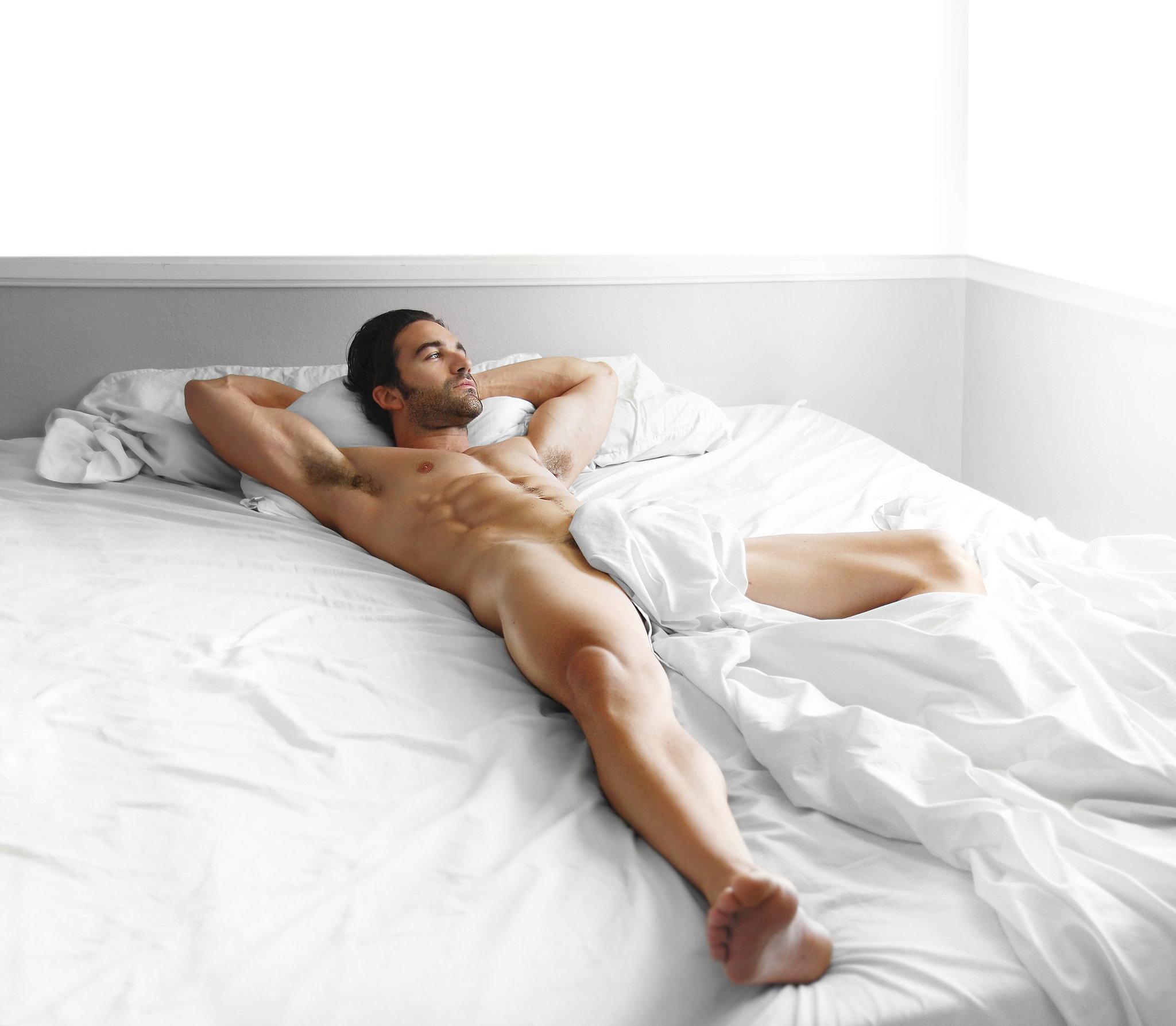 Фото мужчин голышом 9 фотография