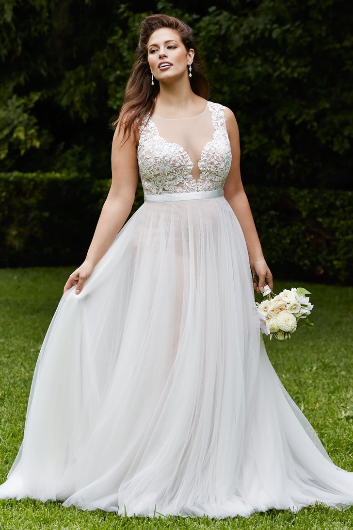 WToo Marnie Gown  20 Gorgeous Wedding Gowns For Curvy Girls ...