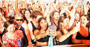 Selfie Festival Known As Coachella Boldly Bans the Selfie Stick