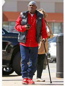 PHOTO: Tracy Morgan Continues Steps Toward Recovery
