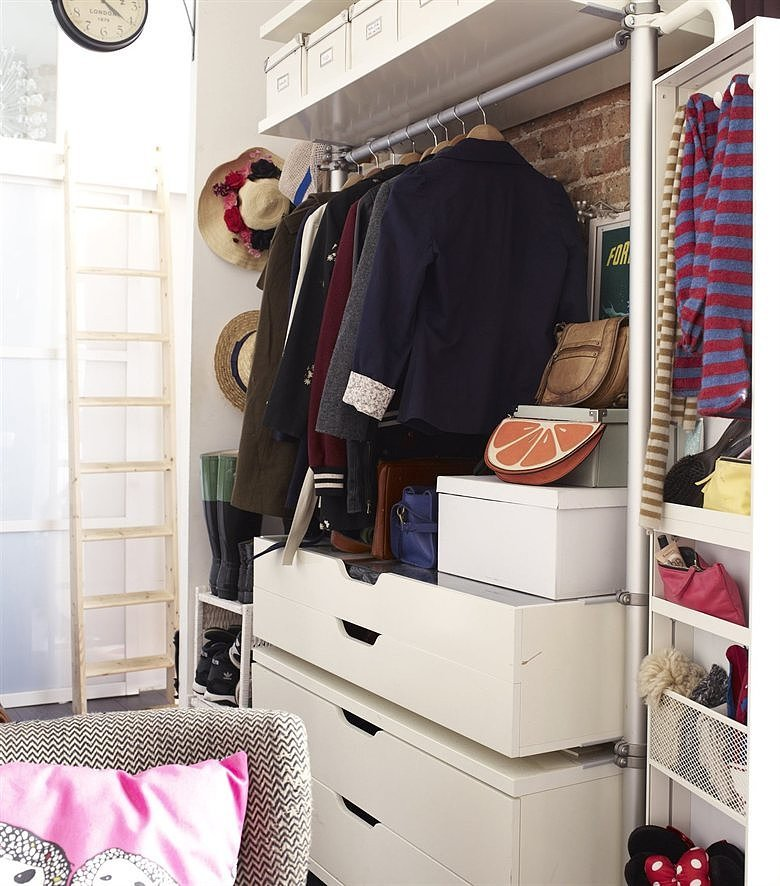while ikea 39 s stolmen storage unit is usually kept in the bedroom how parisians do small space. Black Bedroom Furniture Sets. Home Design Ideas