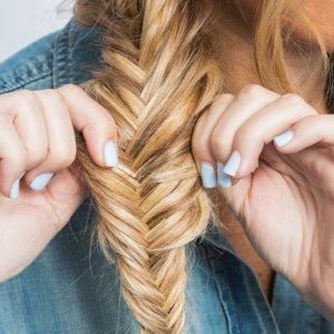 How to Festival Hair Fishtail Braid