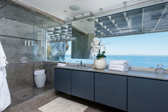 21 Celebrity Bathrooms That Could Double as Luxury Spas