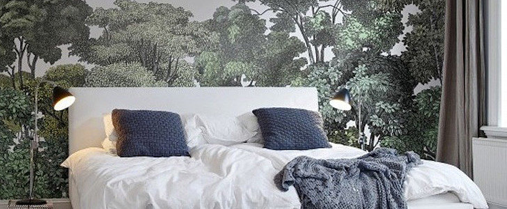 13 Rooms With Flora and Fauna Wallpaper