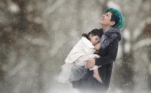 Photographer Captures 'Breastfeeding Goddesses'