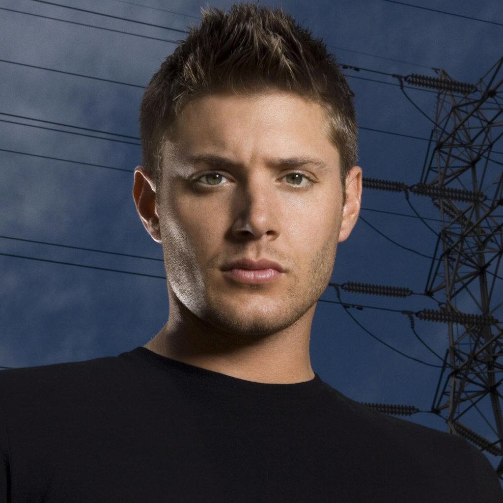 Jensen Ackles Sexy Sta...