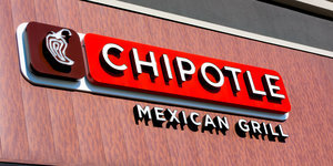 Chipotle Becomes First Major Restaurant Chain To Serve Only GMO-Free Food