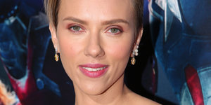 'Avengers' Star Scarlett Johansson Talks Motherhood In Parade