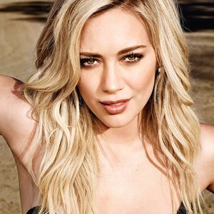 Behind the Scenes with Hilary Duff