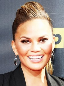 The #1 Thing Chrissy Teigen Will Never Do on Instagram