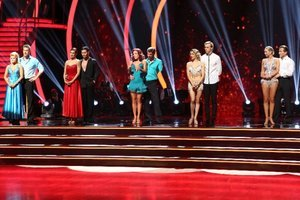 'Dancing with the Stars' Live Blog: America's Choice and the Trio Challenge