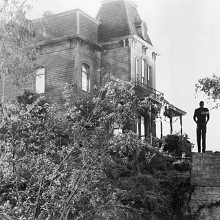 Horror Movie Houses We'd Totally Live In