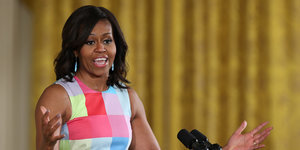 Michelle Obama Encourages Oberlin Graduates To Seek Out 'The Most Contentious, Polarized, Gridlocked Places'