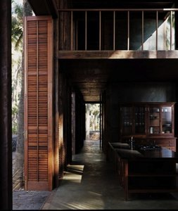 Architect Visit: A Louvered Beach House on the Arabian Sea