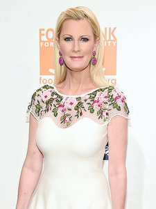 Sandra Lee Thanks Her Team of Doctors After Returning Home from Hospital: 'I Am Deeply Grateful'