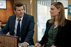 "'Bones' Teasers: 7 Good Things to Watch for in ""The Woman in the Whirlpool"""
