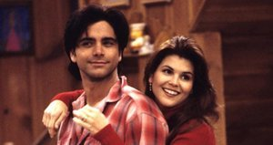 Lori Loughlin's Aunt Becky Is Back For 'Fuller House'