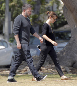 Ben Affleck and Jennifer Garner step out with their children amid divorce rumours