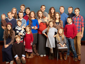 The Duggars Announce They Will 'Share Their Hearts' in First Interview in Wake of Molestation Scandal
