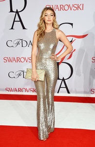 See All The Looks From The CFDA Awards Red Carpet