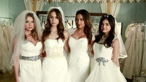 EXCLUSIVE! 'Pretty Little Liars': New Time-Jump Looks, Wedding Gowns & More Fashion Secrets!