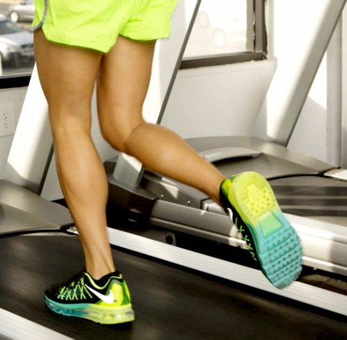 45-Minute Treadmill Interval Workout to Fight Belly Fat