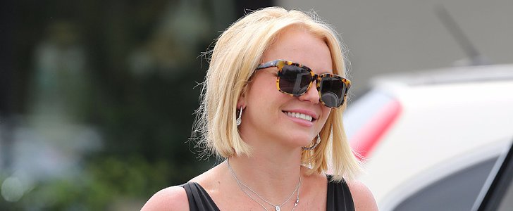 Britney Spears Flashes a Smile and Flaunts a New Haircut