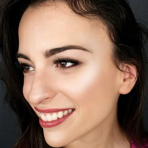 Strobing Is the Brilliant New Face-Sculpting Hack For Lazy Girls