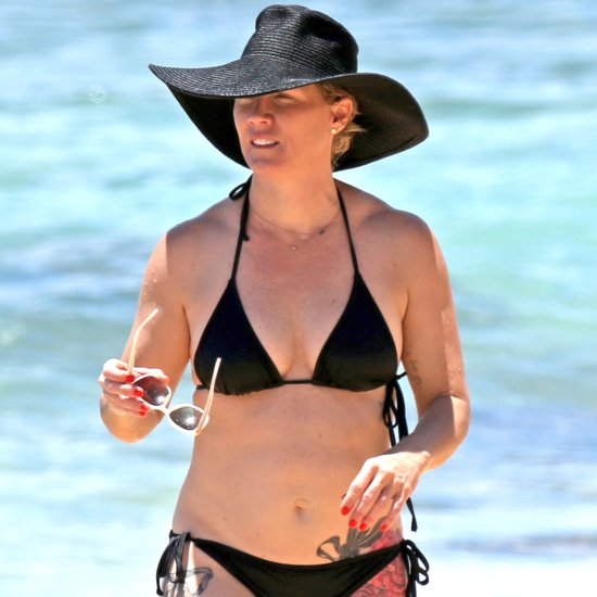 Jennie Garth in a Black Bikini With David Abrams in Hawaii