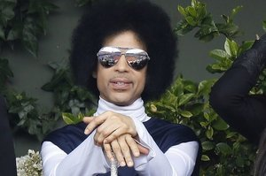 Prince Pulls His Music From All Streaming Services Except Tidal
