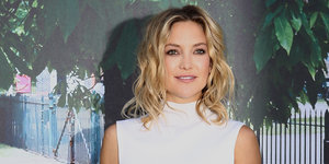 Kate Hudson Stuns In Sexy Black Skirt At Serpentine Gallery Party