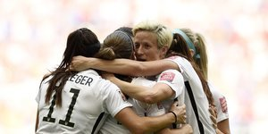 U.S.A. Beats Japan 5-2 To Win Women's World Cup