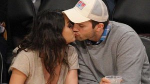 Mila Kunis And Ashton Kutcher Finally Tied The Knot!