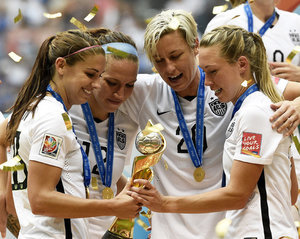 How Soccer Legend Mia Hamm and More Responded to the U.S. Team's WWC Win
