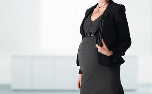 Company Asks Female Employees To Schedule Their Pregnancies (No Joke)
