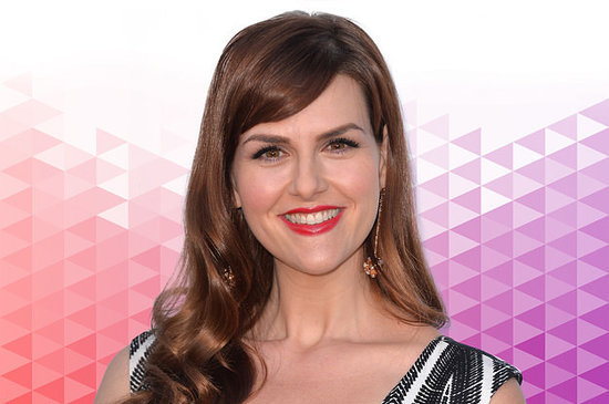 Tell Us About Your Self(ie): Sara Rue