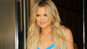 Khloé Kardashian Posts An Unretouched Complex Photo To Instagram: 'Flaws And All'