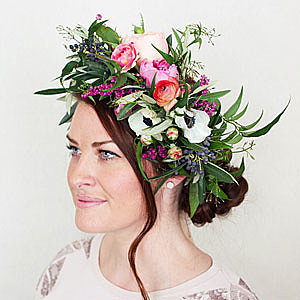 Step-by-step: The ultimate DIY flower crown