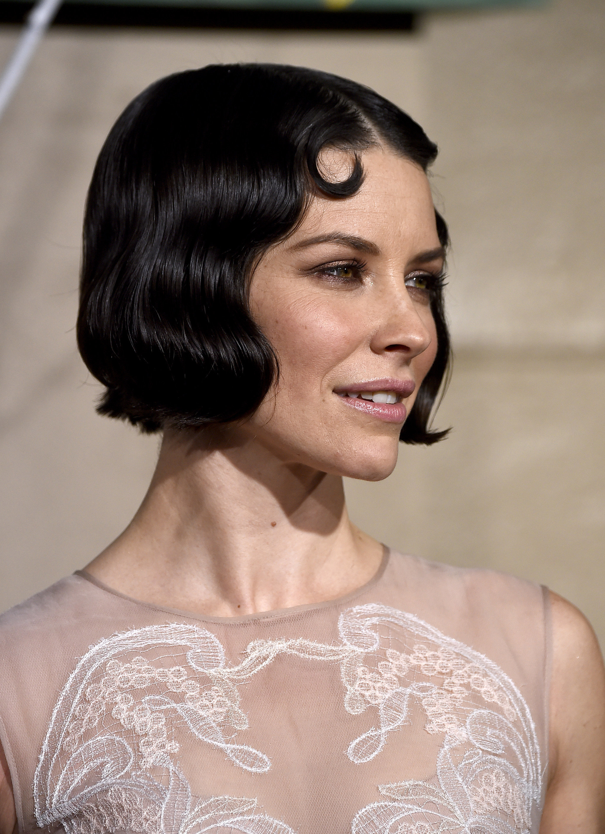 Evangeline Lilly Master The Art Of The Perfect Retro