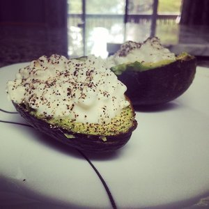 Avocado and Cottage Cheese Snack
