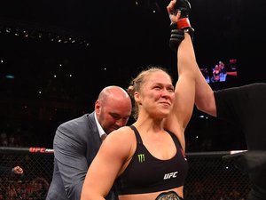 Ronda Rousey Defeats Bethe Correia By Knockout In 34 Seconds