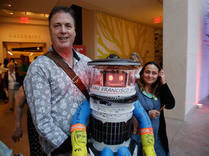 RIP HitchBOT: Hitchhiking Robot Destroyed in Philadelphia During US Tour
