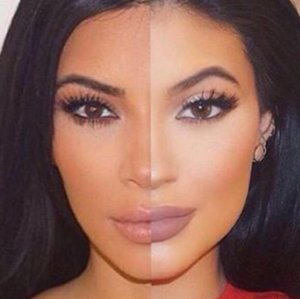 Kylie Jenner and Kim Kardashian Look the Same