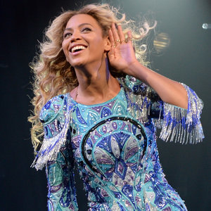 Internet Reactions to Beyonce's Vogue Cover 2015