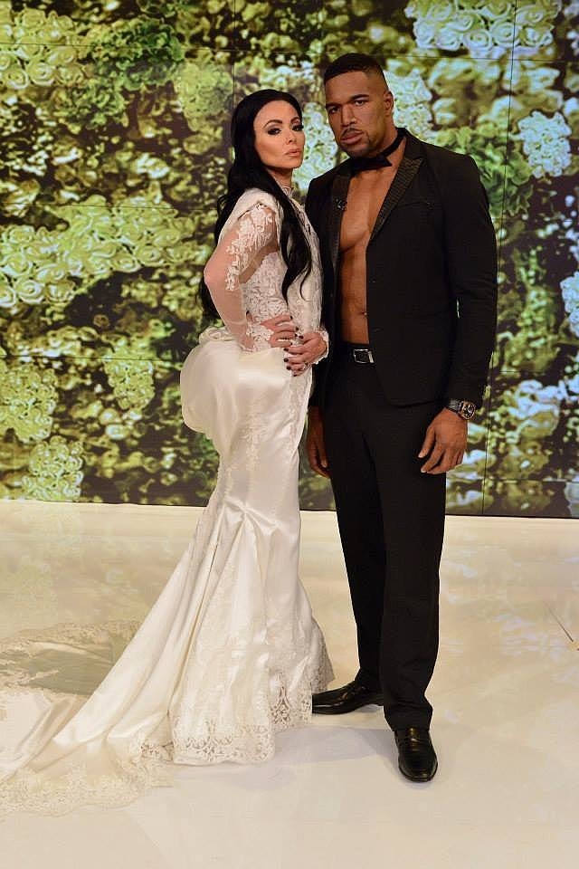Kelly Ripa and Michael Strahan as Kim Kardashian and Kanye West in 2014
